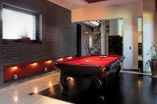Professional pool table movers in Nashville content img1
